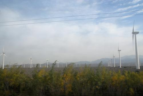 達坂城の世界一大きい風力発電基地。
