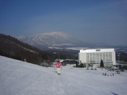 岩手山と雫石プリンスホテル