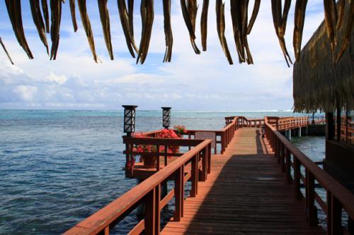 タヒチ島のキャプテン・ブライレストランから眺める風景