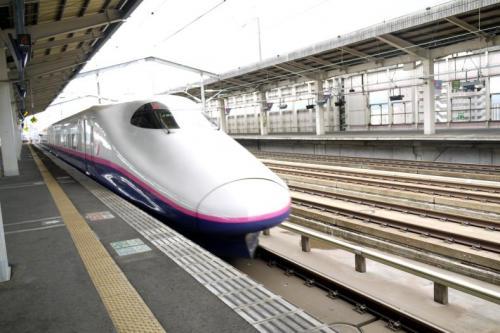予定通り福島で東北新幹線 やまびこ をおります