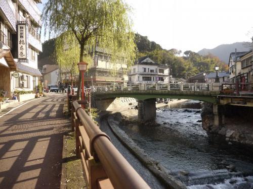 湯村温泉の町並み。