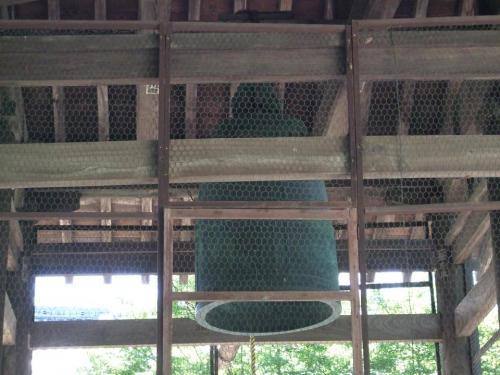 日本最古の梵鐘。鳴らしてみたかった。