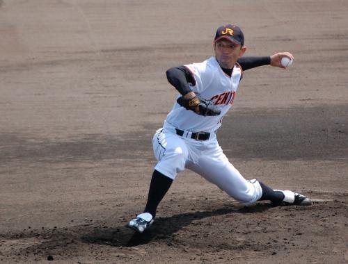 2試合目は、いよいよ秋葉投手(JR東海)の登場です。<br /><br />がんばれAKB!!<br />