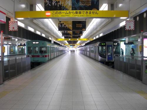 【西鉄天神大牟田線】<br /><br />西鉄福岡(天神)駅ホーム。<br /><br /><br /><br />