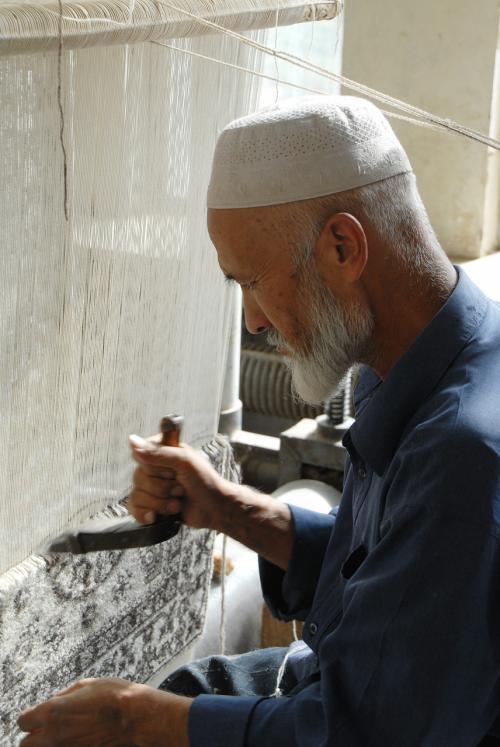 維吾爾お爺さんも居ます。
