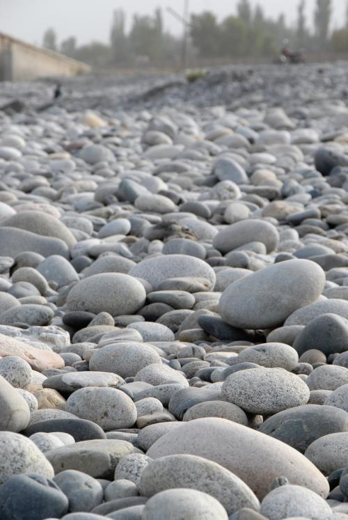 ホント、和田玉じゃ無くても、どの石も見事に丸いですね。