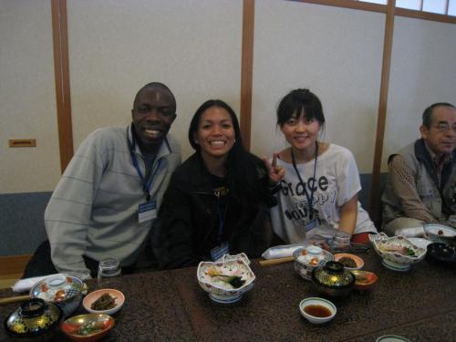 ナイジェリア、フィリピン、中国からの留学生です。