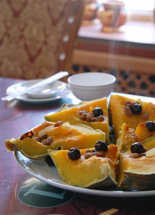 南瓜。<br /><br />中国で南瓜料理は少ないですけど(有っても薄切りでアクセント程度)、新疆ではドコでも沢山あります。
