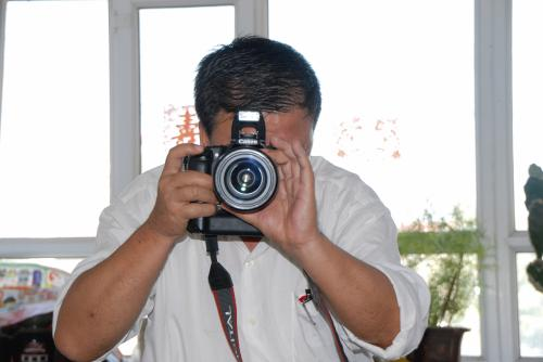 爺ぃのEOS 30Dで、写真の撮り合いです。