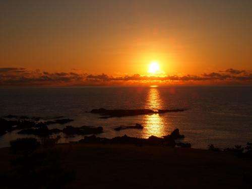 客室からは、大きな夕日が見えました。<br />日の入りは16:35。ちなみに11月12日です。