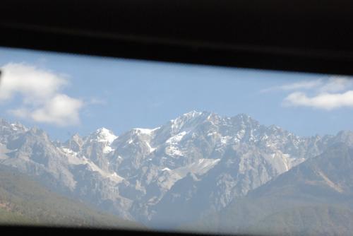 途中、哈巴雪山が見えた♪