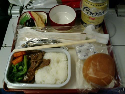 フィリピン航空エコノミーの機内食