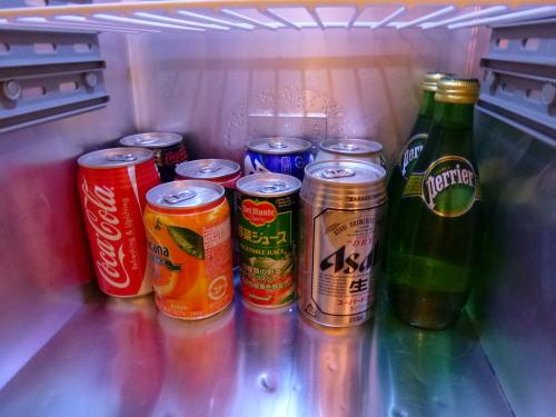 冷蔵庫の中。<br /><br />標準的ですね。