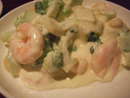 ・2011/3/11<br />数種類から選べる副菜はエビマヨにしました。<br />これがまたウマいのなんのって(^^)<br />今まで食べたエビマヨの中で最高峰と言ってもイイぐらい。
