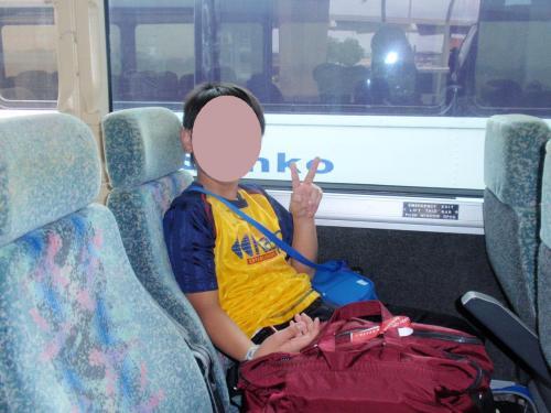 ようやく到着です。<br />ツアーのバスに乗ってホテルまで行きます。