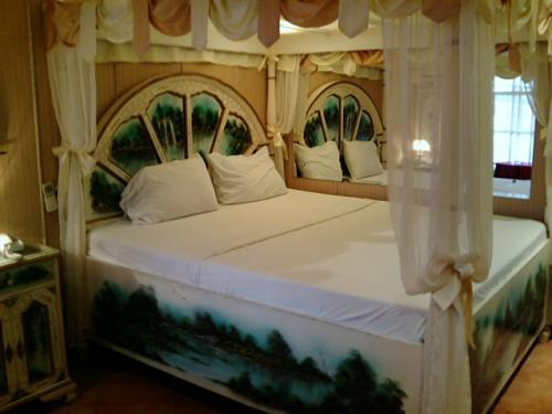アンヘレスの宿は、満室でない限りここスイスシャレーです。