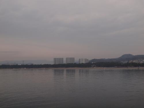 八景島から見た横浜海の公園<br /><br />もうすぐ潮干狩りで混雑が始まります。<br /><br /><br />