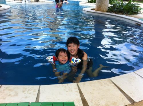 第9日)美浜の「ちゅらーゆ」は、温泉とプールで一日過ごせます。