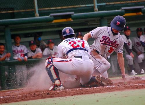 アウトー!!<br /><br /><br />試合は、負けてしまったけど、いい試合でした。<br />9回の反撃は、意地を感じました。<br />http://www.plus-blog.sportsnavi.com/chifu/article/590<br /><br />