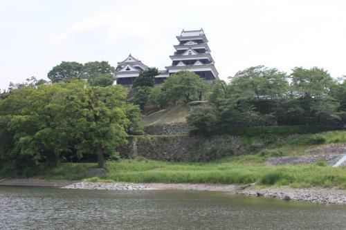 肱川橋から見た大洲城。