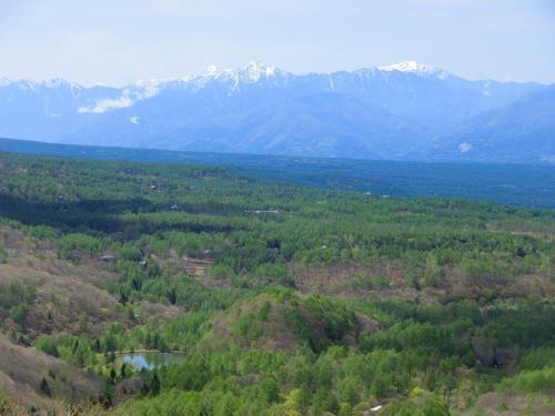 正面に南アルプス連峰(写真)が良く見える。