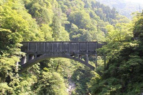 黒薙駅近くにある水路橋