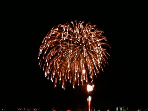 山下公園から見た花火。<br />