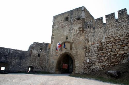 城門に到着。