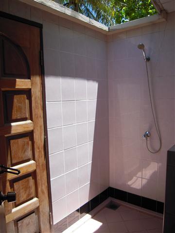 ここにもシャワーがあります。