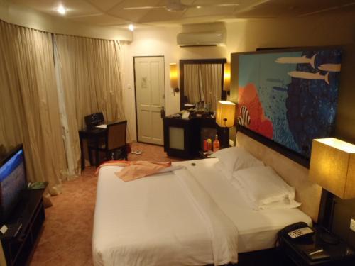 お部屋もアンサナらしいオレンジとライムグリーンを基調にした独特のスタイルです。