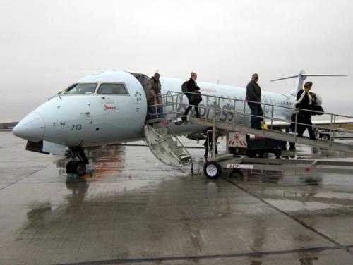 12月5日<br /><br />シャーロットタウン(YYG)に到着<br /><br />ここでまずしたのは帰国便のスケジュールと座席の確認。(写真の便の座席は変わっていました)<br />IPADの活躍です。(カナダ国内は結構無料のwifiが飛んでます)<br /><br />