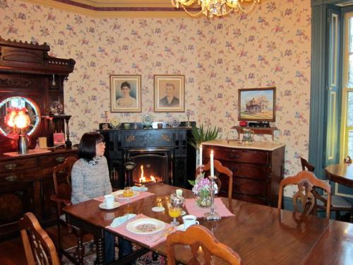 12月6日<br /><br />エルムウッドのダイニングルーム。<br />こちらで朝食をいただきます。<br />