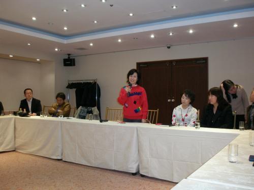 自己紹介の時間もありました。<br /><br />在日本朝鮮族女性会<br />全貞善会長<br /><br />延吉市の観光及び経済大使をしていらっしゃいます。