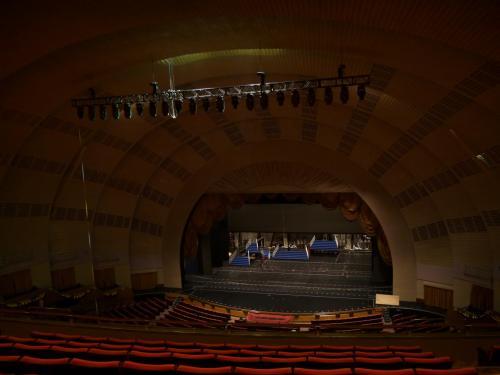 地下鉄でミッド・タウンに戻り、ラジオ・シティ・ミュージック・ホールのステージ・ドア・ツアーに参加しました。<br />NY旅行・目的その⑬ 劇場の内部ツアーに参加する!