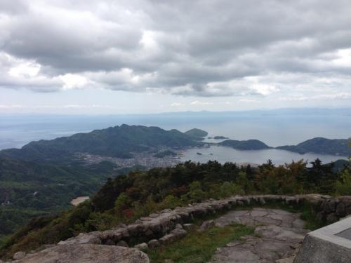 四方指展望台と寒霞渓へ。景色が素晴らしい!ちょっと曇ってきたのが残念。