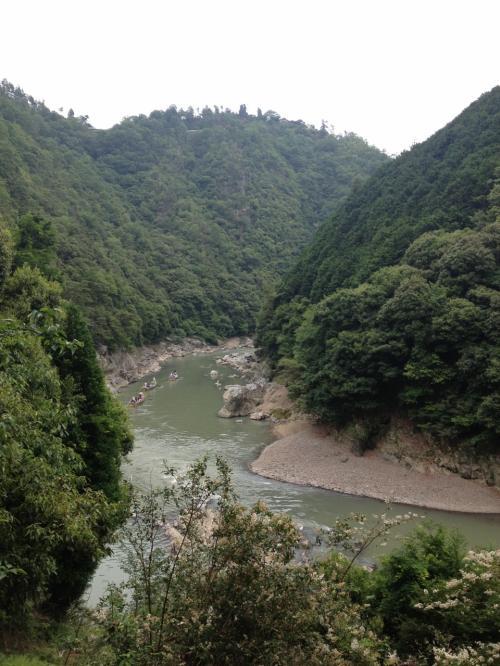 保津川が見えまーす。