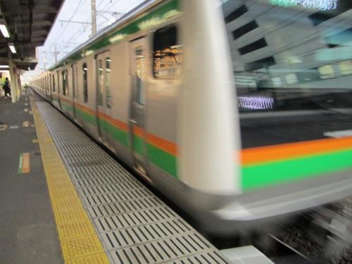 東海道本線東京行き列車