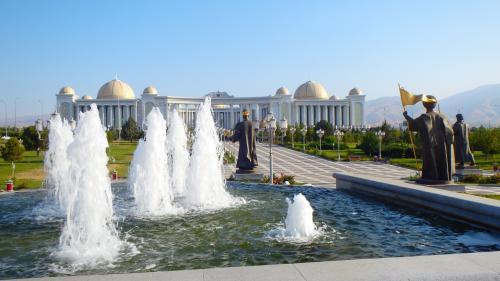 【撮影場所5】ここは、アシガバートで私が最も気に入った風景。
