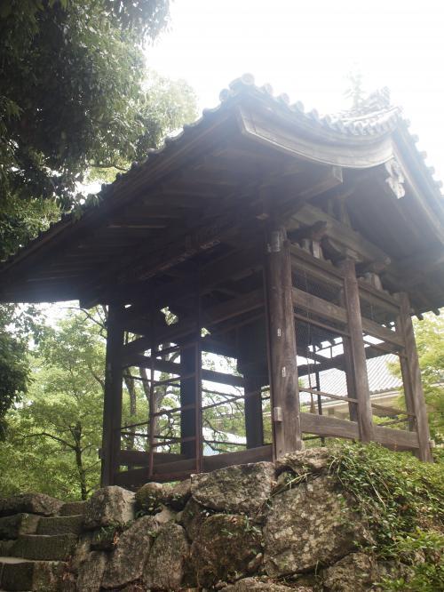 鐘楼の鐘は、京都妙心寺の鐘と兄弟であると言われています(同じ木型を用いて鋳造したようです)。