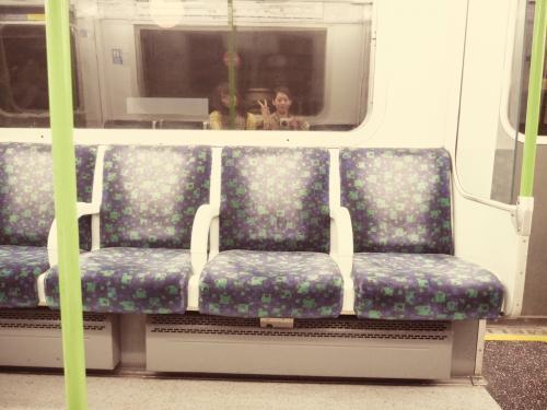 電車に乗って liverpool street へ
