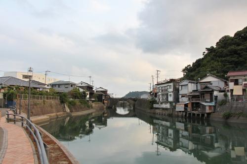[堀川運河]<br /><br />「飫肥杉」の輸送のために江戸時代に造られた運河。