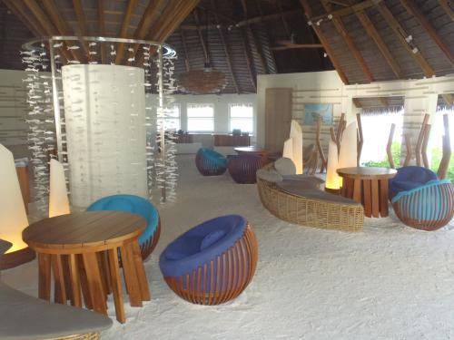 こちらがレセプションです。<br />砂が敷いてある、いわゆるサンドカーペットでリゾート気分が上がります!
