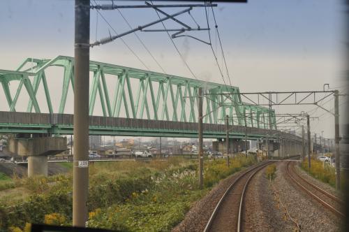 後から乗る鹿島臨海鉄道線が近づいてきました。