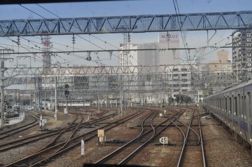 鹿島臨海鉄道線と合流して、