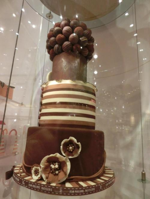 ジーンフィリップスのデコレーションケーキ、チョコ版