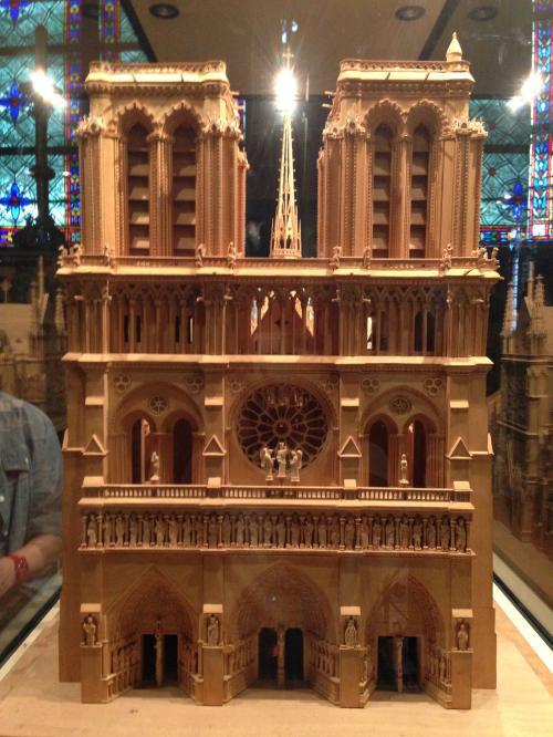 ノートルダム大聖堂 Cathedrale notre-Dame de Paris