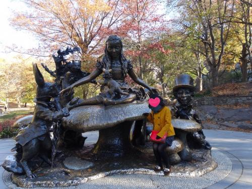 不思議の国のアリス像♡<br />