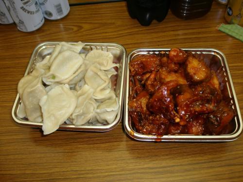この日は延辺の料理でイベントを楽しみました。