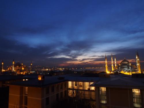 夜景も良いけど夜明け前も良いね。