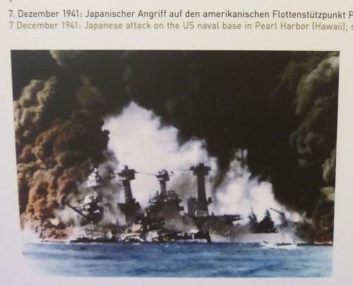 大西洋憲章から4ヵ月後、1941年12月8日、日本がハワイの真珠湾を攻撃して米英に宣戦布告、<br />戦火は全世界に拡大し、人類史上最大の世界大戦へと拡大していきました。<br />